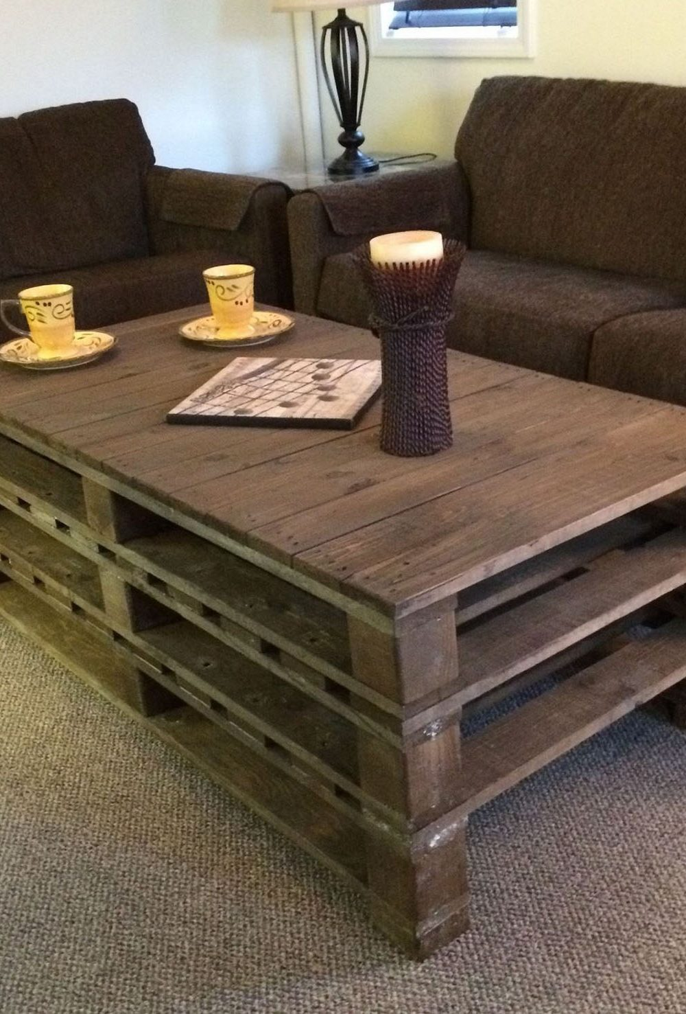 A2b crafts diy crafts upcycling do it yourself furniture using old storage pallets solutioingenieria Image collections
