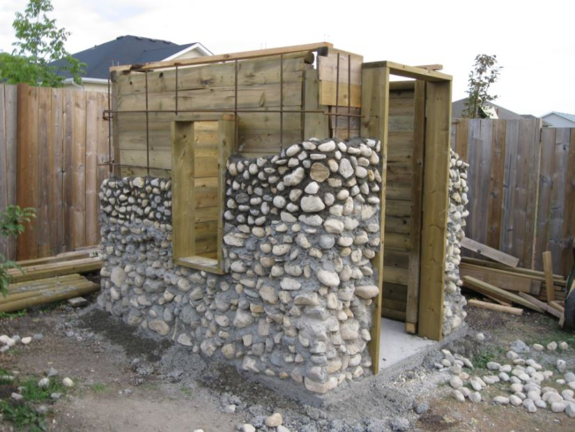 Shed Design Using Rocks