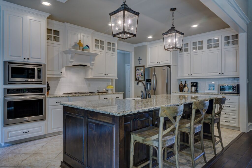 Painting Kitchen Cabinets - A Guide